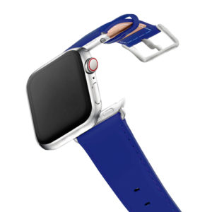 Blueberry-AW-fluo-blue-nappa-band-with-stainless-steel-case-on-air