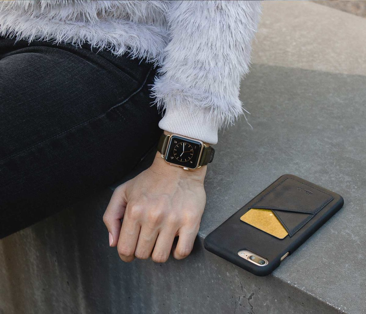 Musk-Apple-watch-nappa-green-leather-bans-with-a-female-denim-outfit-bs