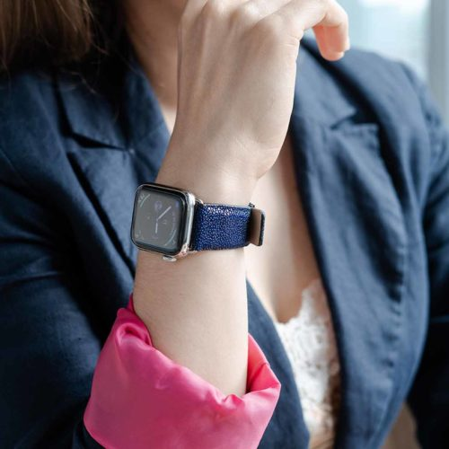 Royal-Blue-AW-stingray-leather-band-for-ladies-with-a-jacket-with-a-scarlet-lining