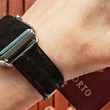 black-alligator-apple-watch-band-denim-man