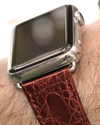 brown-alligator-apple-watch-band-denim-man