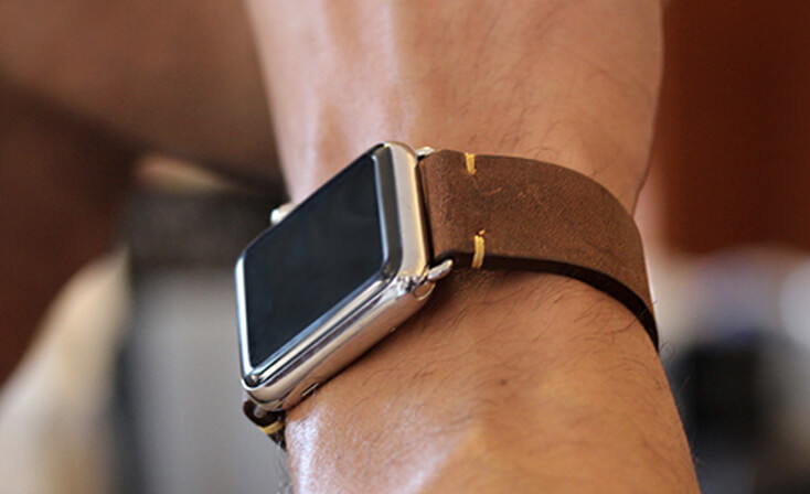 old-brown-vintage-Apple-watch-leather-band