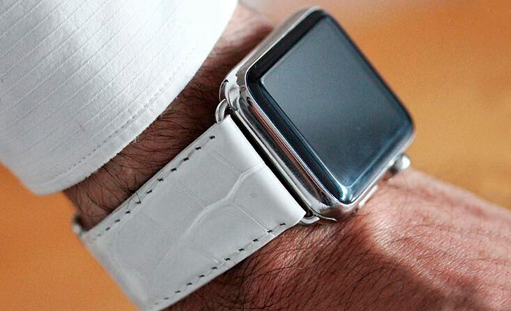 white-alligator-apple-watch-band-denim-man