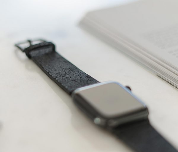 Forest_Black-Apple-watch-heritage-calf-leather-band-close-up