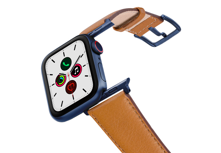 Goldstone-AW-nappa-band-on-air-with-blue-adapters