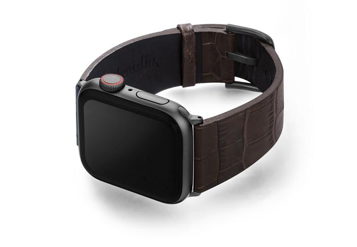 Evening-Shadow-Apple-watch-brown-calf-band-left-case