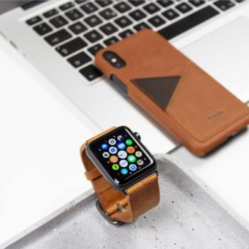 Tawny-Apple-watch-brown-full-grain-leather-band-closeup-close-to-Iphone-leather-case
