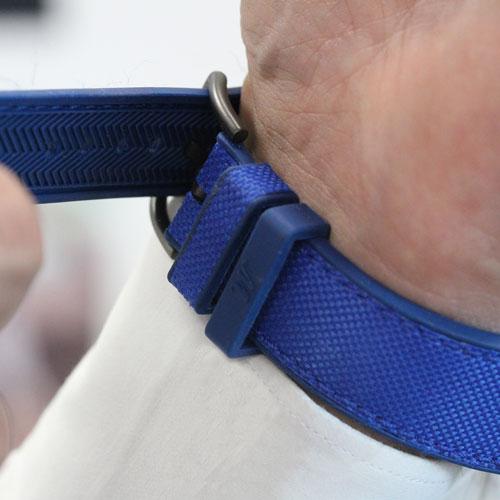 Deep-Ocean-blue-natural-rubber-closeup-on-buckles