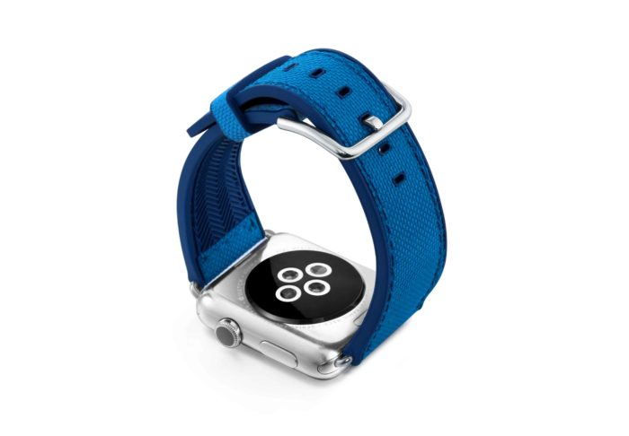 Electric-Blue-Apple-watch-natural-rubber-with-case-back