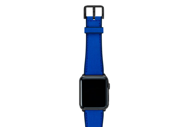 Electric-blue-Apple-watch-natural-rubber-strap-with-black-case