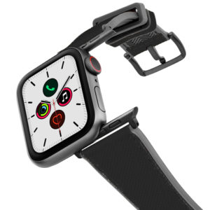 Gloomy_Apple_watch_black_caoutchouc_band_with_case_on_air