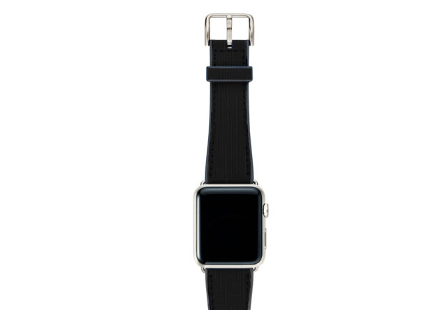 Gloomy-Apple-watch-black-natural-rubber-strap-with-stainless-steel-case
