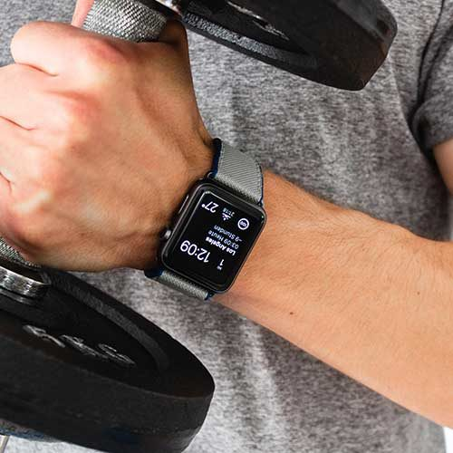 Gloomy-Apple-watch-black-rubber-band-during-workout-training-session-ig