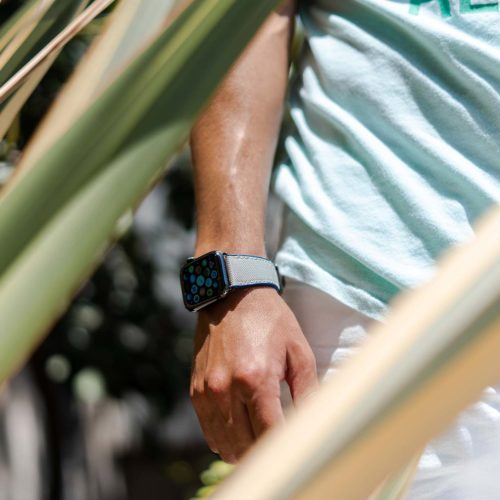 Summer-Cloud-Apple-watch-grey-rubber-band-close-up-for-him