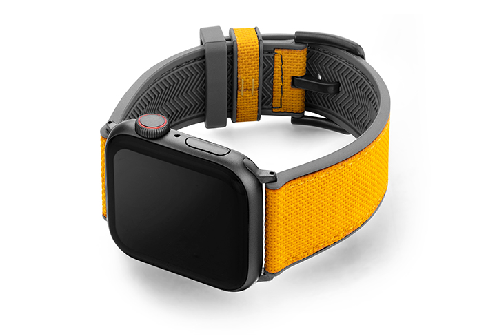Submarine-AW-yellow-caoutchouc-band-with-case-on-left