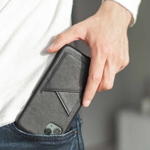 CArbon-Core-iPhone-11-Pro-max-letaher-case-in-a-jeans-pocket