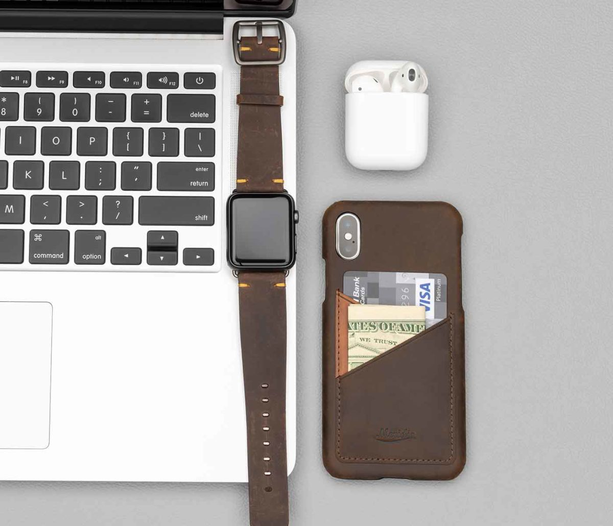 Cigar-Iphone-leather-case-close-to-adark-brown-Apple-watch-band-bs