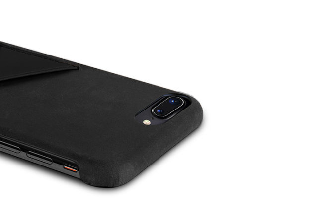 iPhone-8-black-Leather-case-top-side