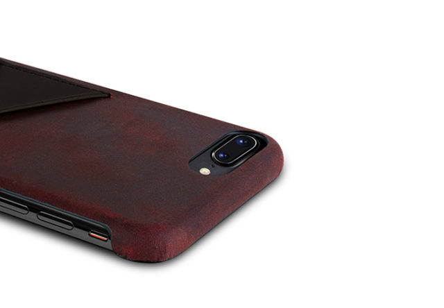 iPhone-8-bordeaux-Leather-case-top-side