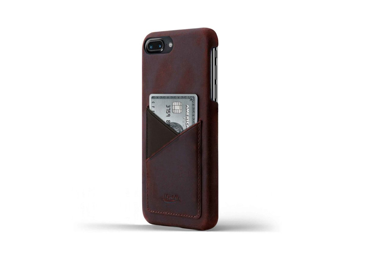 iPhone-8-plus-bordeaux-Leather-case-on-side