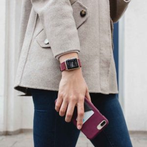 Colonial-Red-and-Grapewine-burgundy-combo-Apple-accessorie-for-elegant-female-outfit