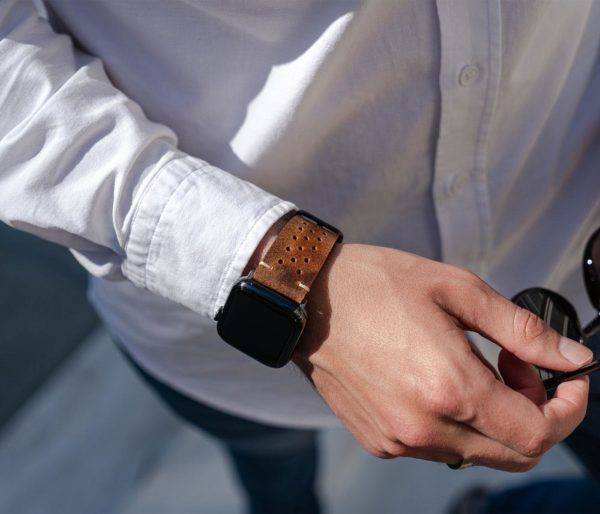 AW-bullet-proof-brown-leather-band-in-a-sunny-day