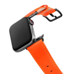 Flamingo Mango Apple watch orange fluo nappa band with case on air