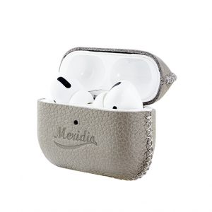 Airpods_Pro_Grey_leather-case-opening