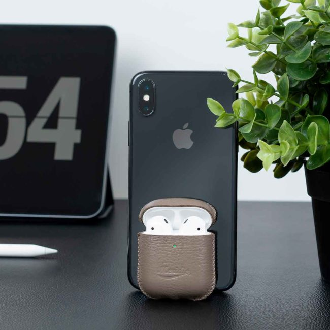 Boji-Stone-Airpods-grey-leather-case-close-to-iphoneX-vertical-bs