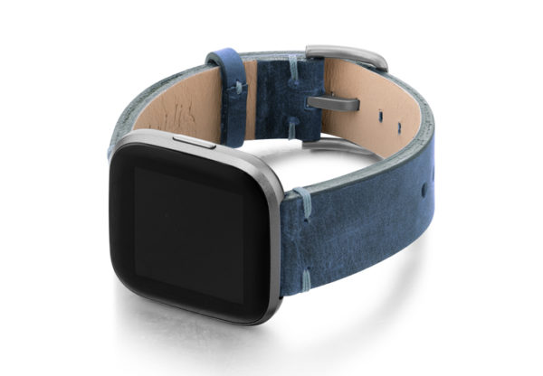 Arctic-Blue-Fitbit-nappa-band-with-left-case