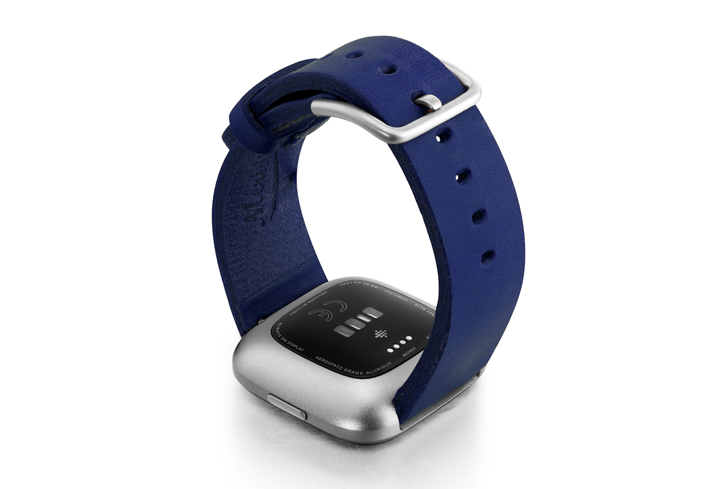 Blue-England-Fitbit-Watch-full-grain-leather-band-with-back-case