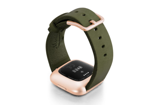 Deep-Leaf-Fitbit-Watch-green-full-grain-leather-band-with-rose-aluminium-back-case