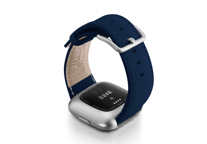 Mediterranean-Blue-Fitbit-nappa-band-with-left-case