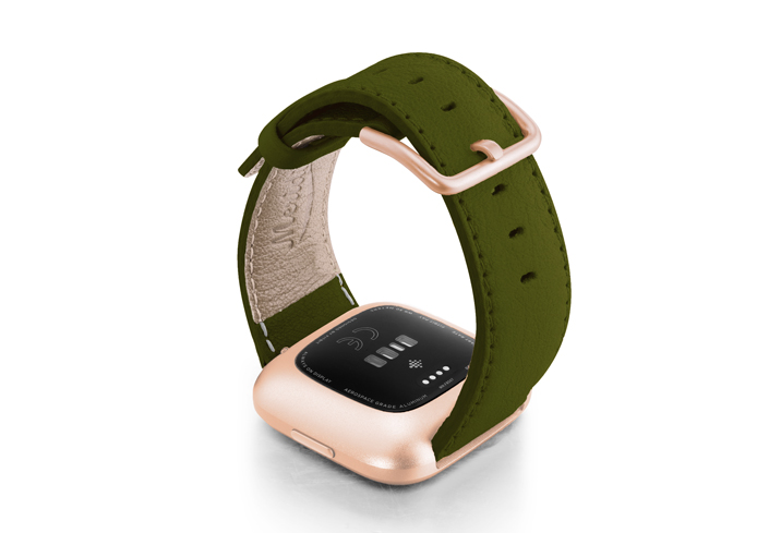 Musk-Fitbit-nappa-leather-band-with-rose-aluminium-case