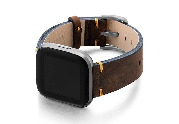 Old-Brown-Fitbit-Watch-calf-Leather-band-with-case-on-left