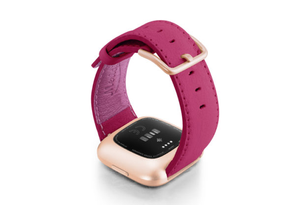 Scartets-Velvet-Fitbit-nappa-band-with-back-rose-aluminium-case