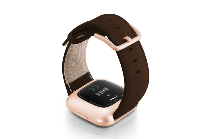 Slate-Brown-Fitbit-nappa-leather-band-with-back-rose-aluminium-case