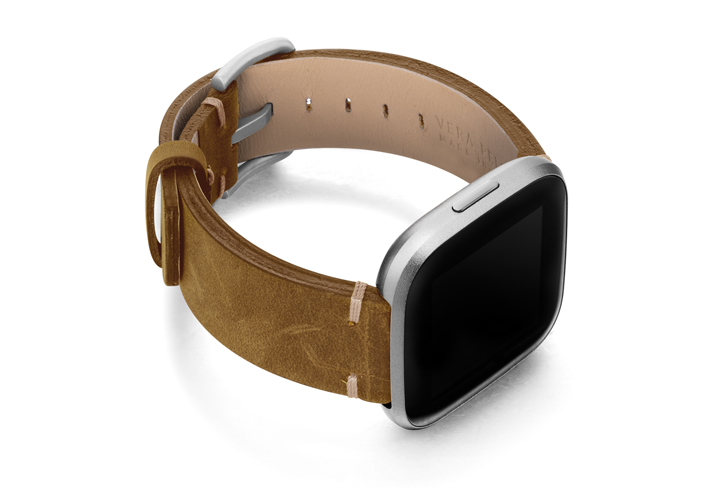 Smoked-walnut-Fitbit-vintage-leather-band-with-case-on-right