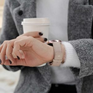 galaxy-watch-active-angel-whisper-on-wrist-for-her-close-up