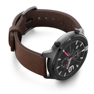 Amazfit-GTR-burnt-clay-leather-band-with-displey-on-right