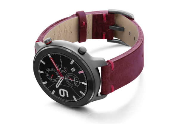 Amazfit-GTR-colonial-red-vintage-leather-band-with-display-on-left