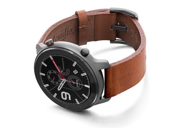 Amazfit-GTR-light-brown-full-grain-leather-band-with-case-on-left.jpg