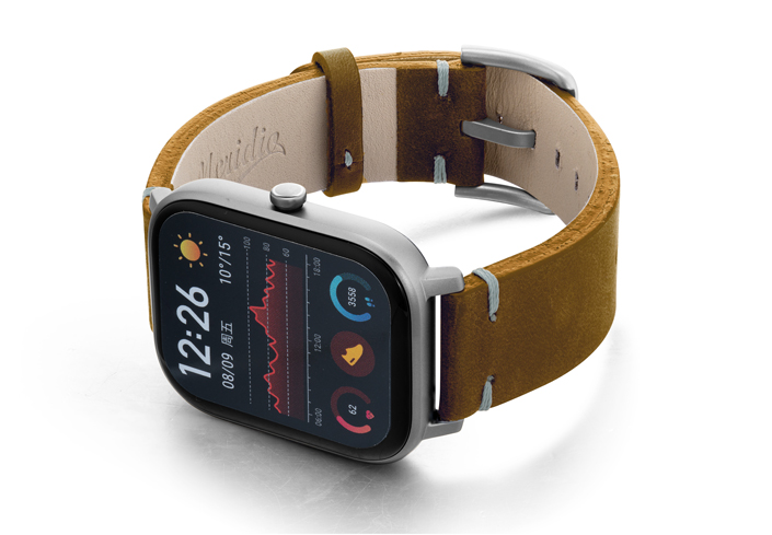 Amazfit-GTS-smoked-walnut-vintage-leather-band-with-display-on-left