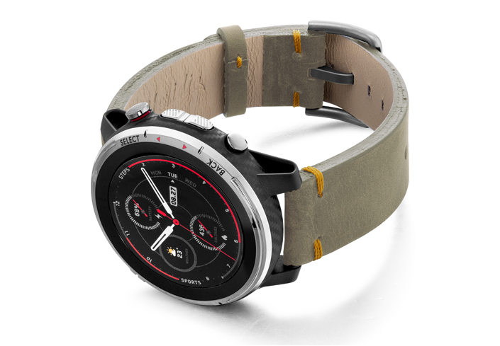 Amazfit-Stratos-driedherb-vintage-leather-band-with-displey-on-left