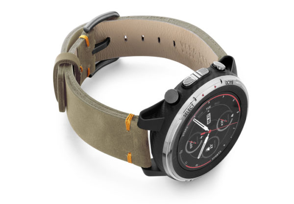 Amazfit-Stratos-driedherb-vintage-leather-band-with-displey-on-right