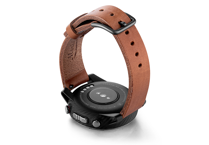 Amazfit-Stratos-light-brown-full-grain-leather-band-with-case-on-back