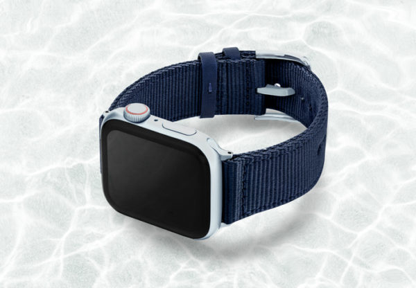 AW-blue-tide-recycled-ocean-plastic-44mm-case-on-left-ALUMINIUM-SILVER