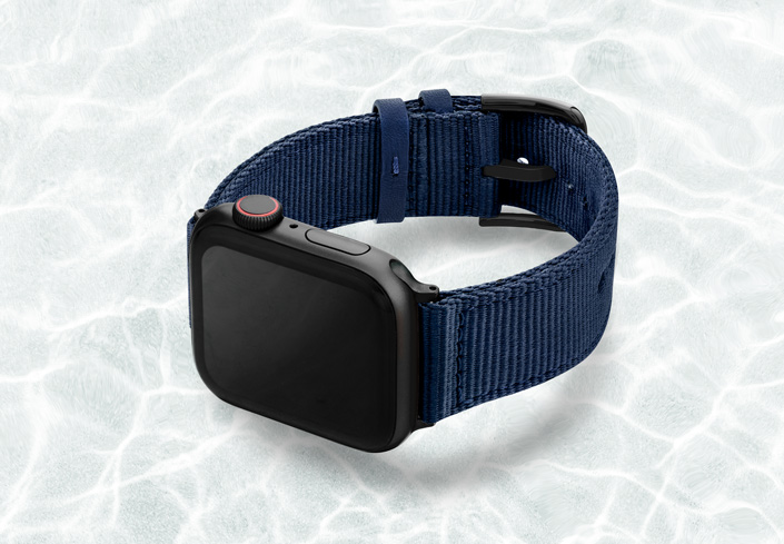 AW-blue-tide-recycled-ocean-plastic-44mm-case-on-left-with-stainless-black-adaptors