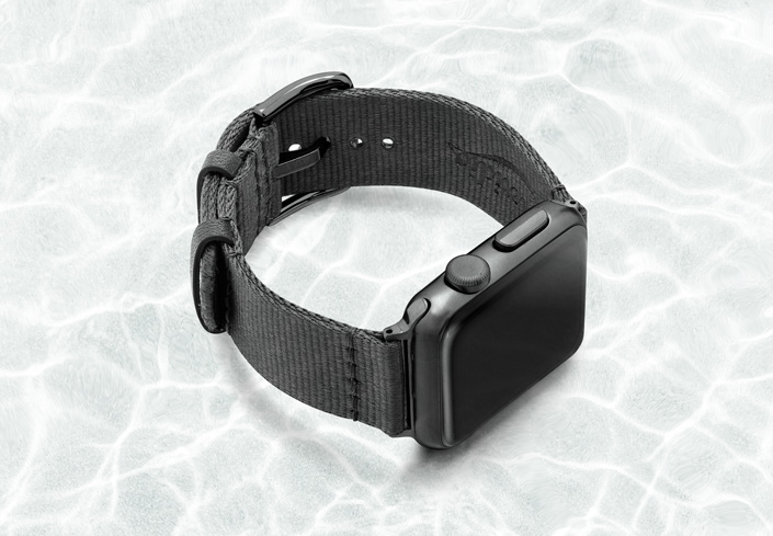 AW-grey-tide-recicled-by-ocean-band-40mm-case-on-right-with-space-grey-adaptors