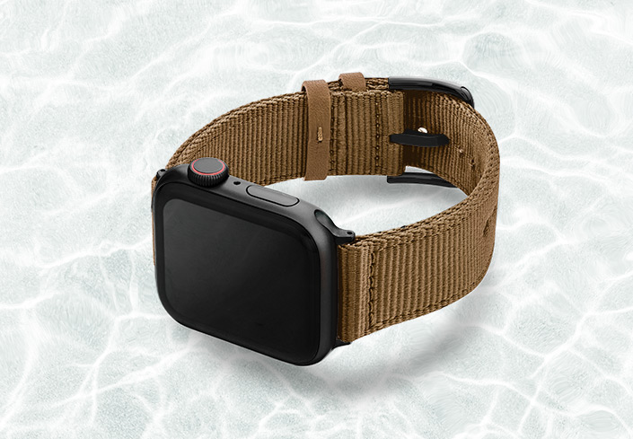 AW-turtle-tide-recycled-ocean-plastic-44mm-case-on-left_stainless-black